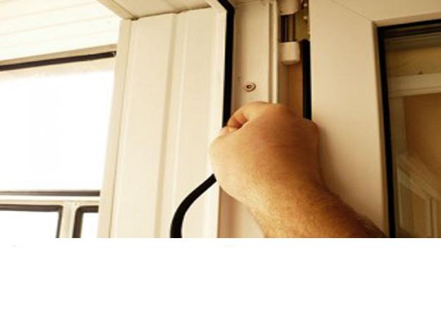 Замена уплотнителя на пластиковых окон