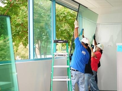 Замена стекла на пластиковых окнах